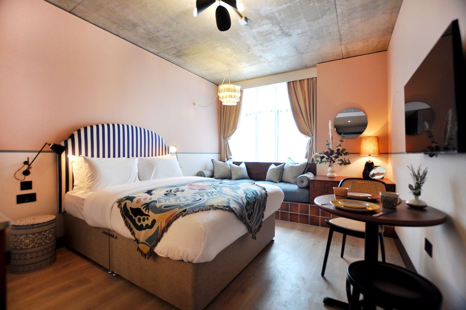 room2 hometel   Chiswick
